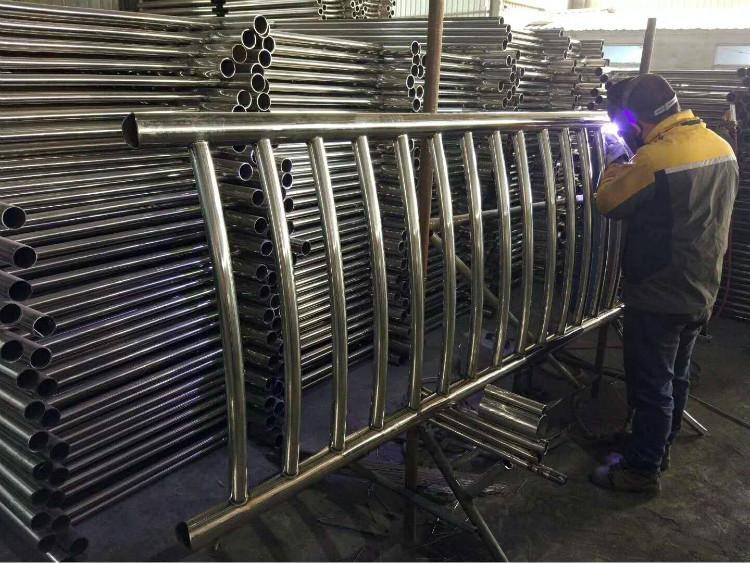 不銹鋼復合管護欄